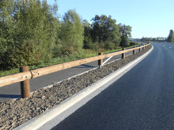 Sécurité routière-Glissière bois-métal-TM18