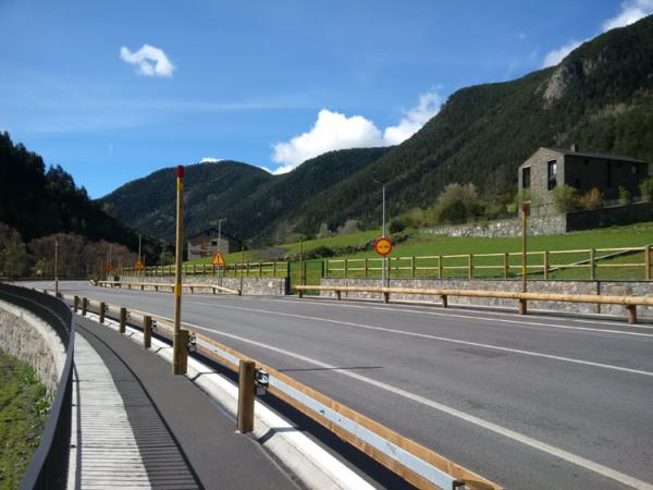 Barrera-de-seguridad-vial-T22-4m-Andorra