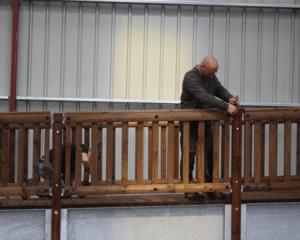 Fabrication passerelle bois-métal Tertu