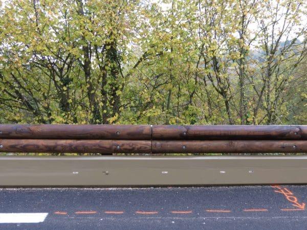 T32 - Barrera de seguridad madera y metal