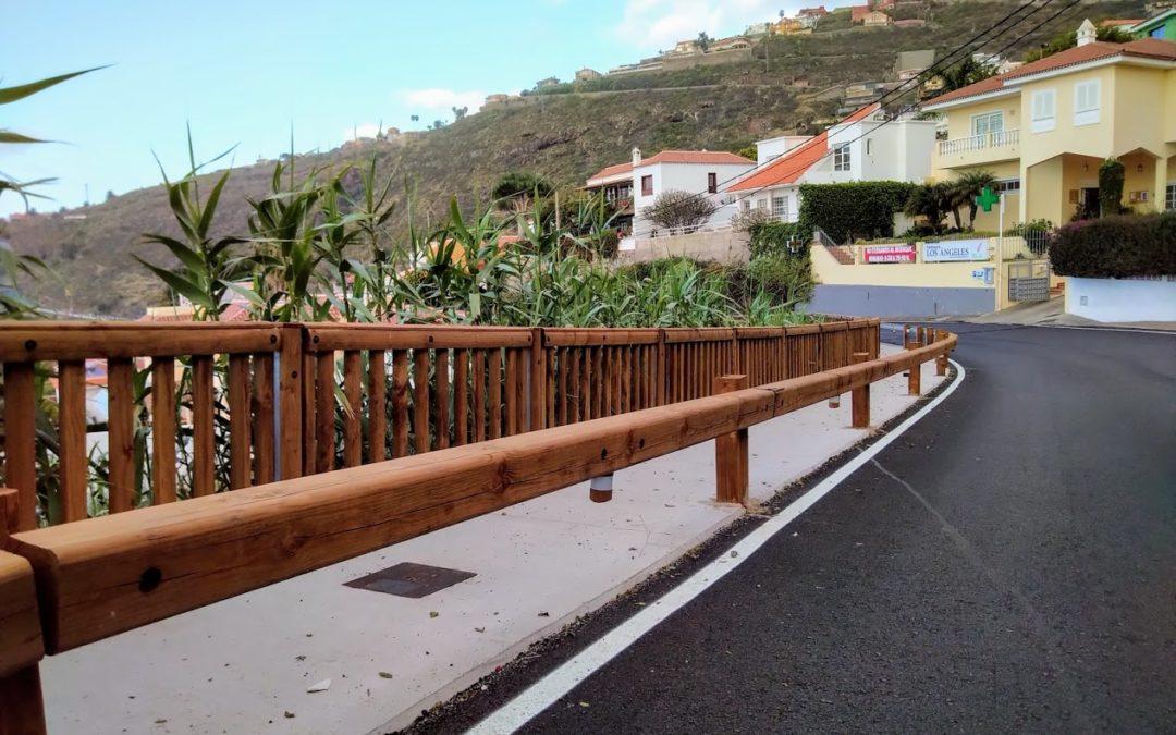 A Ténérife, les dispositifs bois-métal Tertu sécurisent le village touristique d'El Sauzal