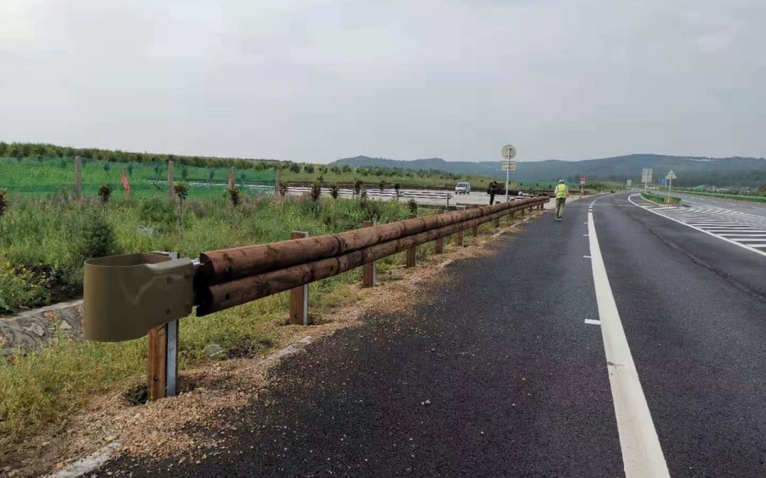 Tertu T40 guardrail securing Inner Mongolia Highway G302